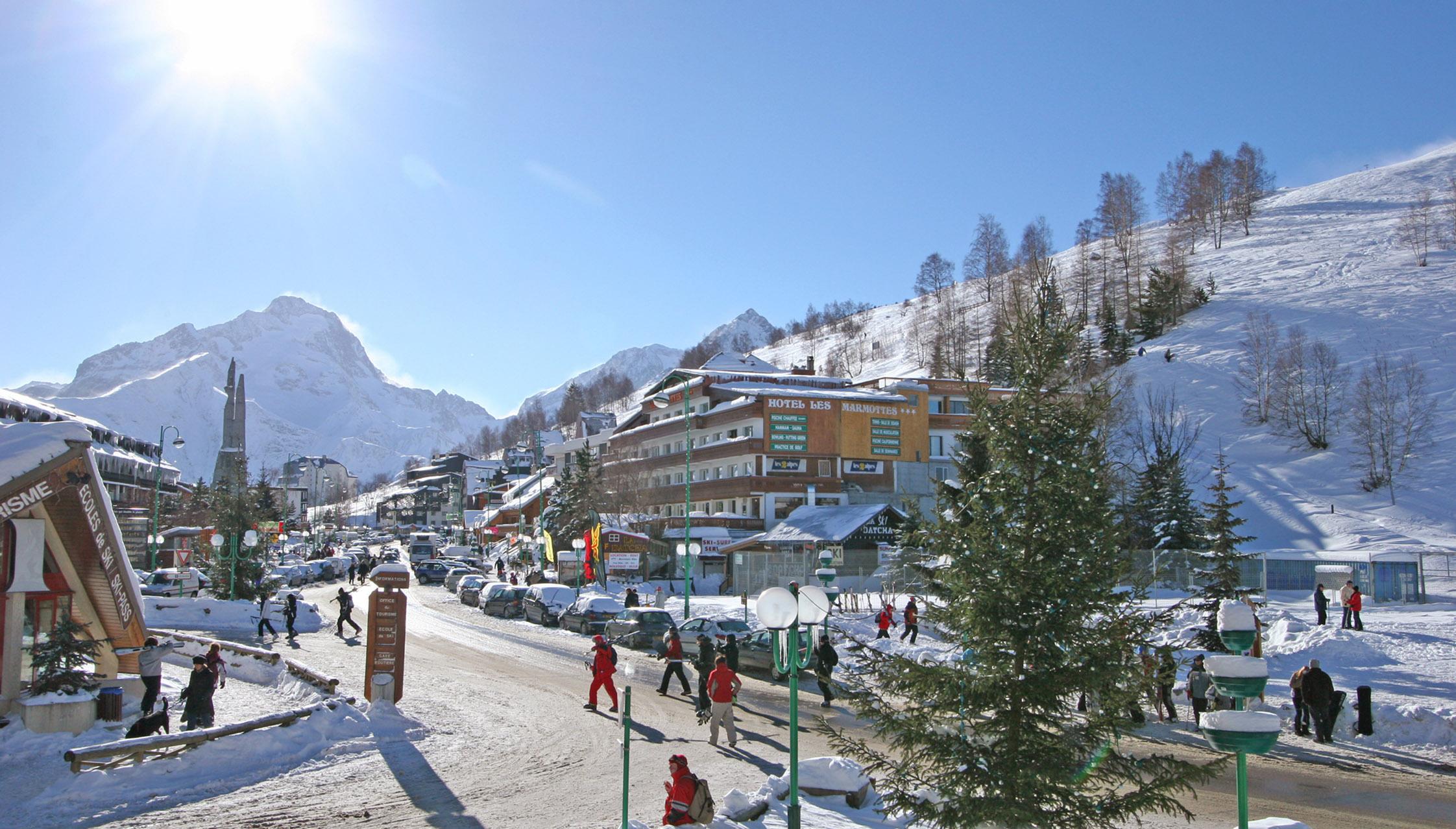 La station des deux alpes location appartement les deux for Piscine les deux alpes